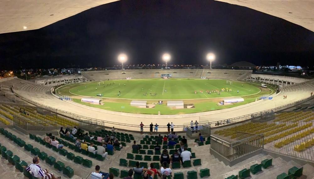 Estadio-Almeidao-em-Joao-Pessoa-Foto-Lucas-Barros Novo decreto de João Pessoa autoriza público em estádios e reduz distanciamento mínimo