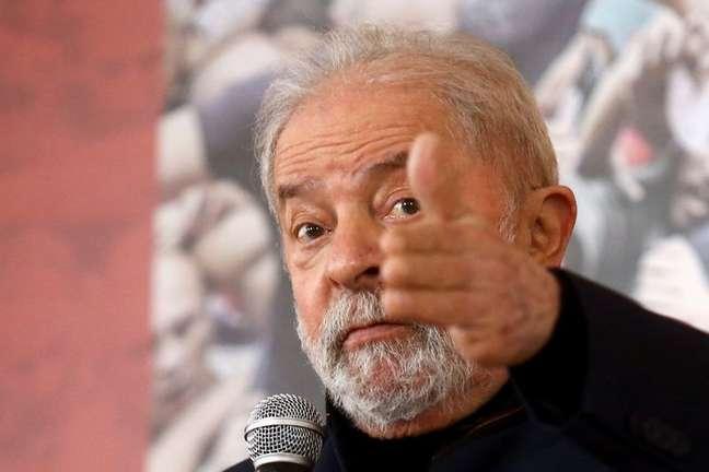 LULA Lula bate Bolsonaro no 2º turno com facilidade, diz pesquisa