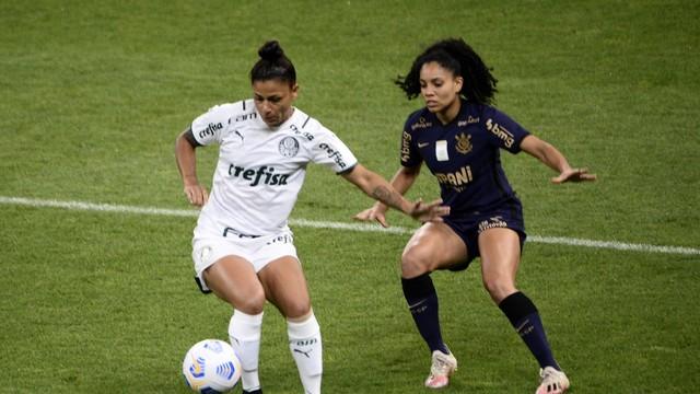 rib9244 Corinthians volta a ganhar do Palmeiras e fatura o tri do Brasileiro Feminino