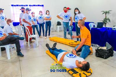 2.2 Secretaria de saúde de São João do Tigre realiza capacitação em Atendimento Pré-Hospitalar (APH) para profissionais do município