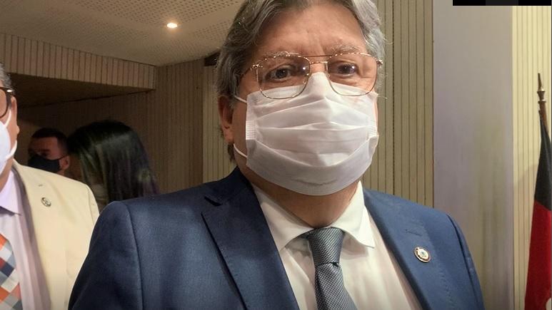 Joao-Azevedo-PGJ João sanciona lei que proíbe não vacinados de frequentar bares e fazer concursos