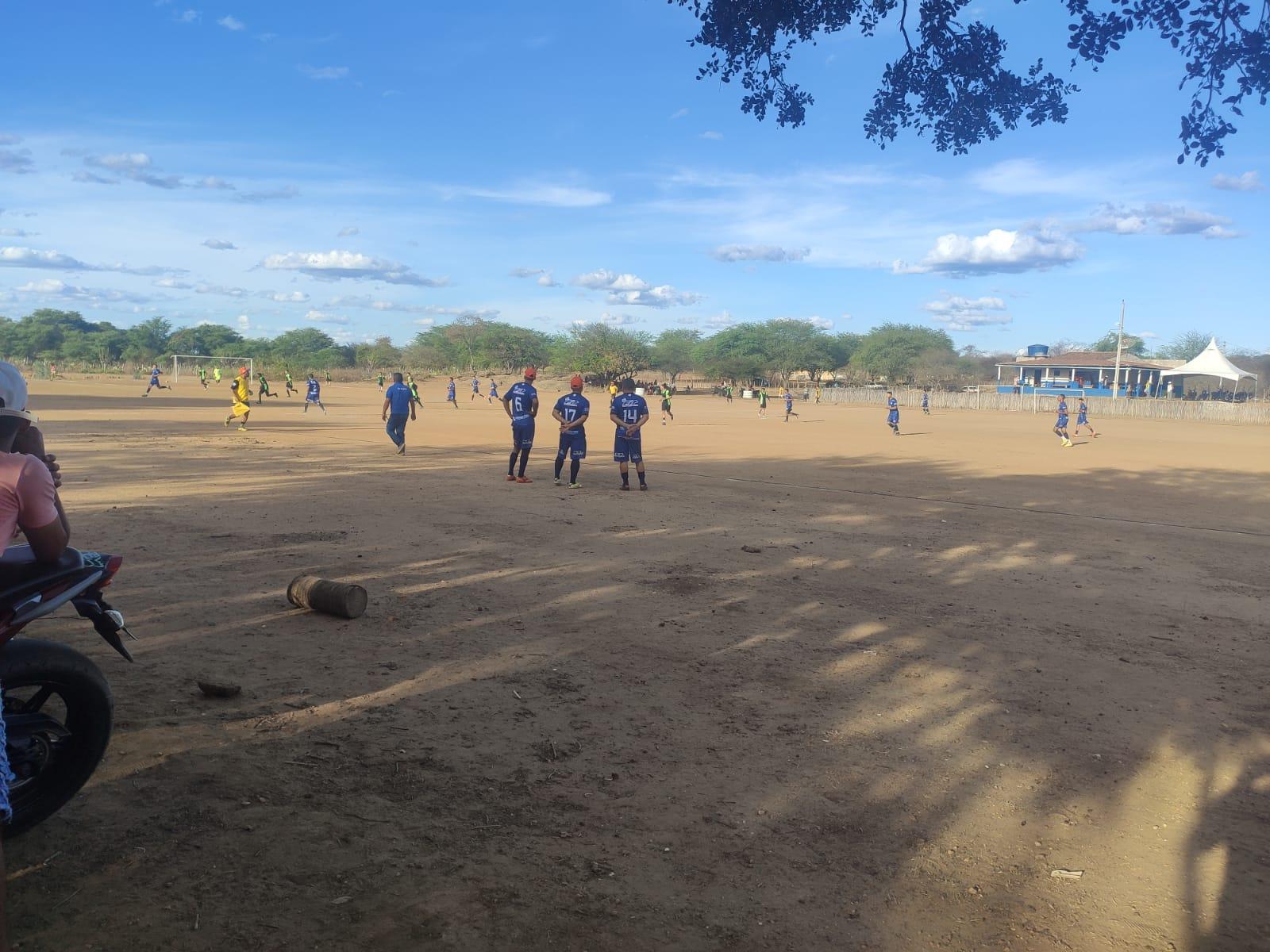 WhatsApp-Image-2021-10-11-at-17.24.52-1 Aroeira FC vence Mulungu FC, em jogo de apresentação do novo uniforme